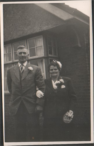 Jesse Wickens (no dates) and Caroline Flint, 1897-1988 Charlwood..jpg